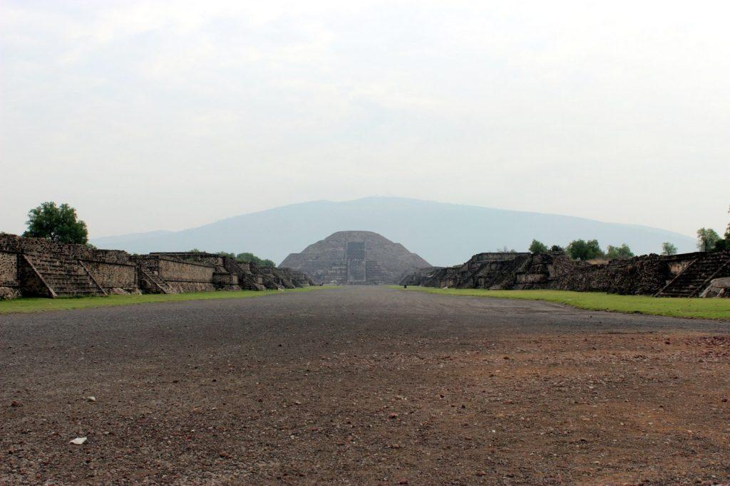 Дорога мертвых в Теотиуакан