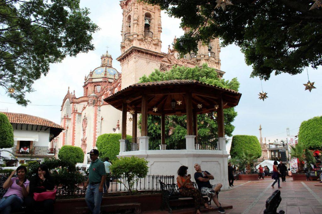 Колониальная церковь в Таско